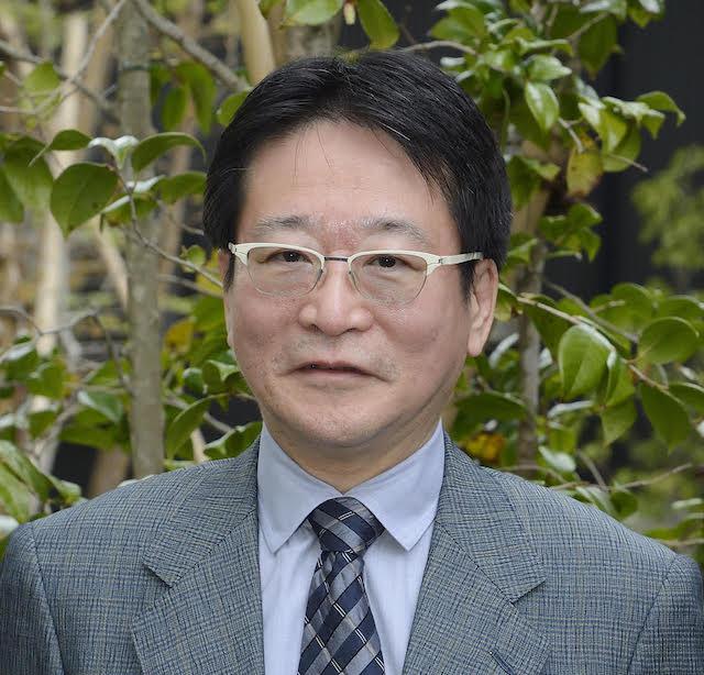 歯科医師 川村光弘